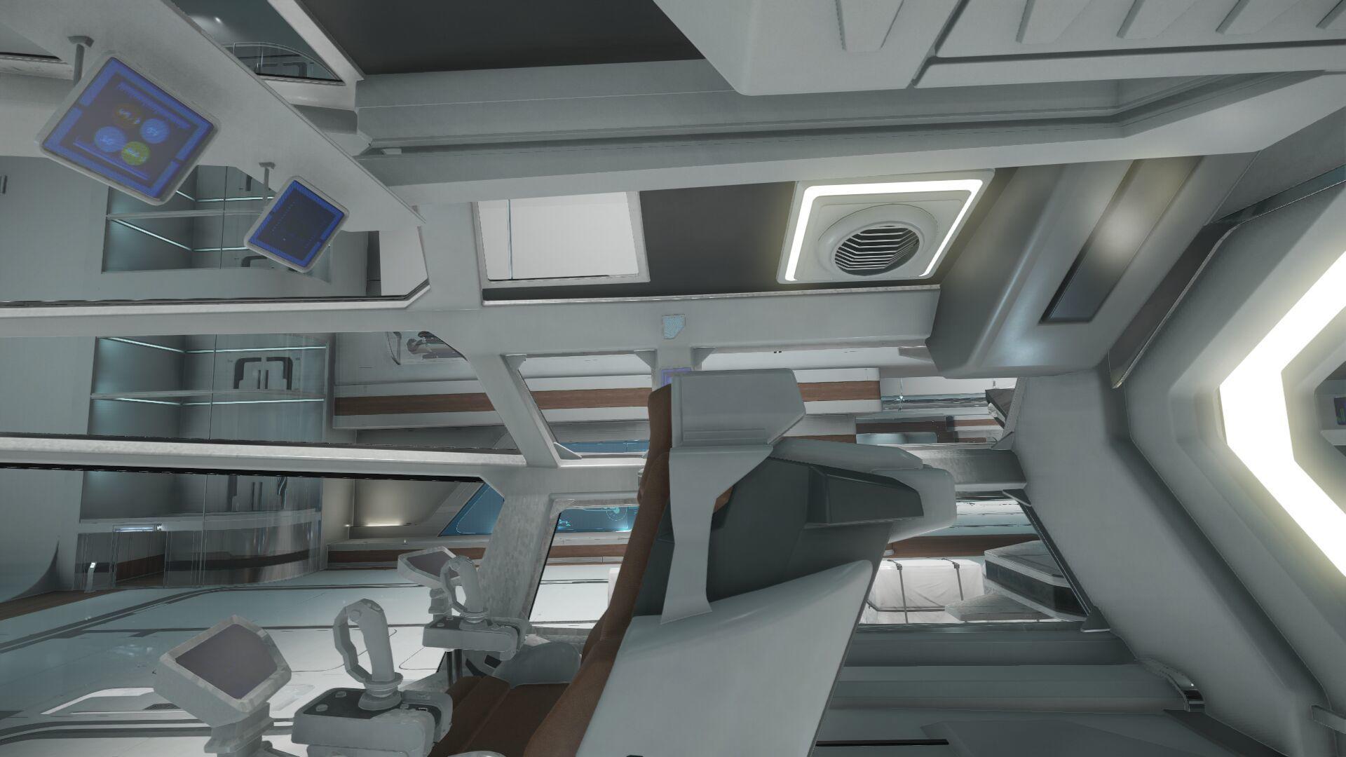 Wygląd wnętrza - widok z fotela kapitana - na lewo