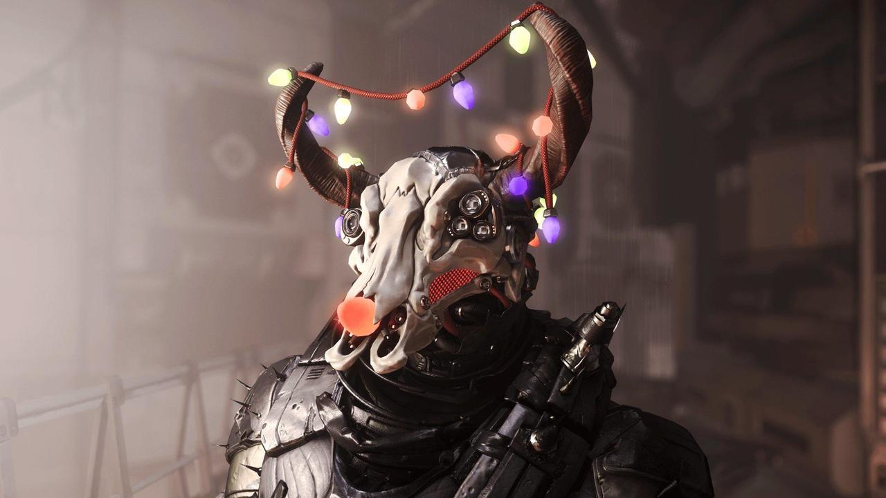 ShipJacker_Christmas_Helmet-Min.jpg